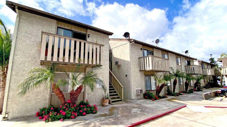 Chung cư 11 căn hộ tại thành phố Buena Park, bang California